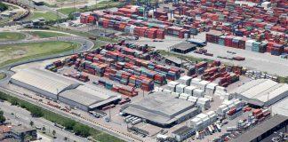 O Governo Federal planeja relicitar o terminal alfandegado pela Localfrio, no Porto de Santos, em 2022. Mas a empresa se prepara para permanência no local.